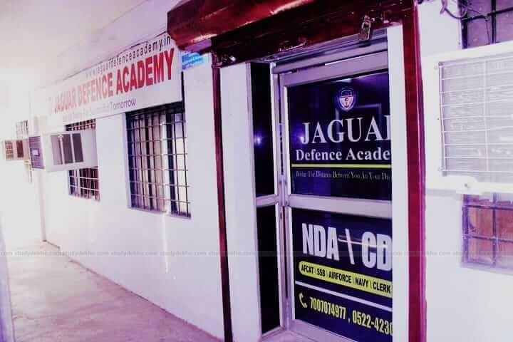 Jaguar Defence Academy Logo
