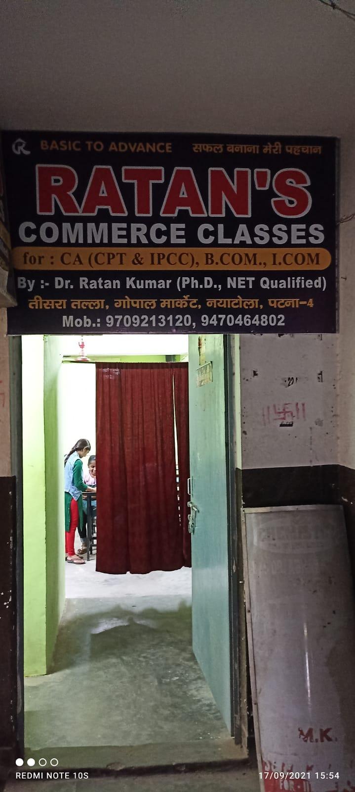 RATAN'S COMMERCE CLASSES Logo